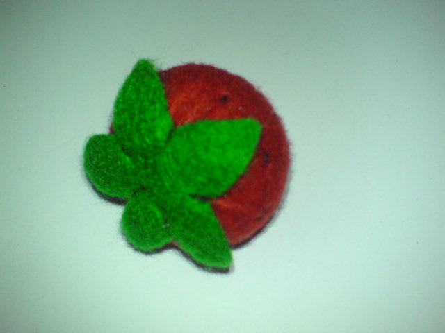 Kreasi Strawberry Imut dari Kain Flanel ala Sunflo « sunflower