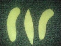 ini adalah pola untuk buah pisang, ukurannya sesuai selera, warna ...